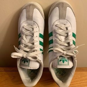 Adidas  Somoa Sneakers Size: 8 1/2 Male